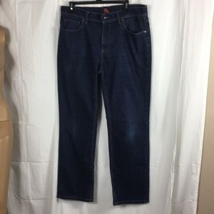 L.L.Bean medium wash straight leg jeans size-34x30